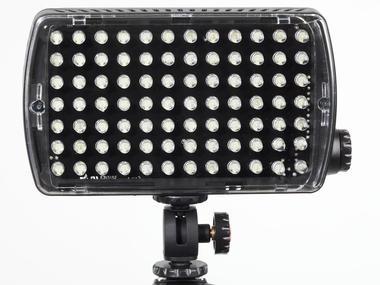 LED Light - Maxima-84 Hybrid+ (850lx@1m) Dimmer, Flash, Gels