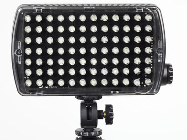 LED Light - Maxima-84 Hybrid+ (850lx@1m) Dimmer, Flash, Gels