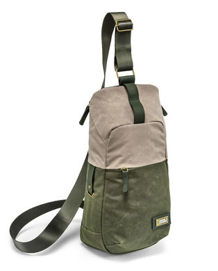 Bodypack for CSC camera with extra lens and personal gear