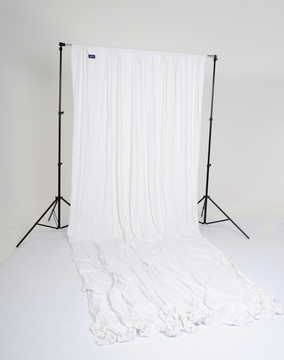 10' x 24' Knitted Background - White