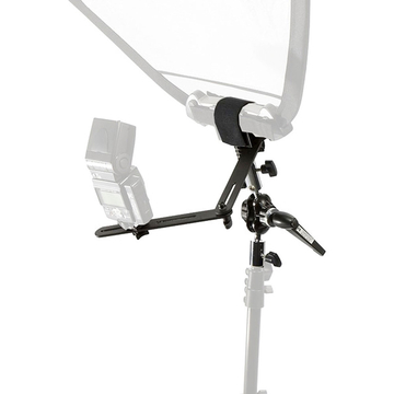 Trigrip Holder w/Flash Bracket attaches to light stand