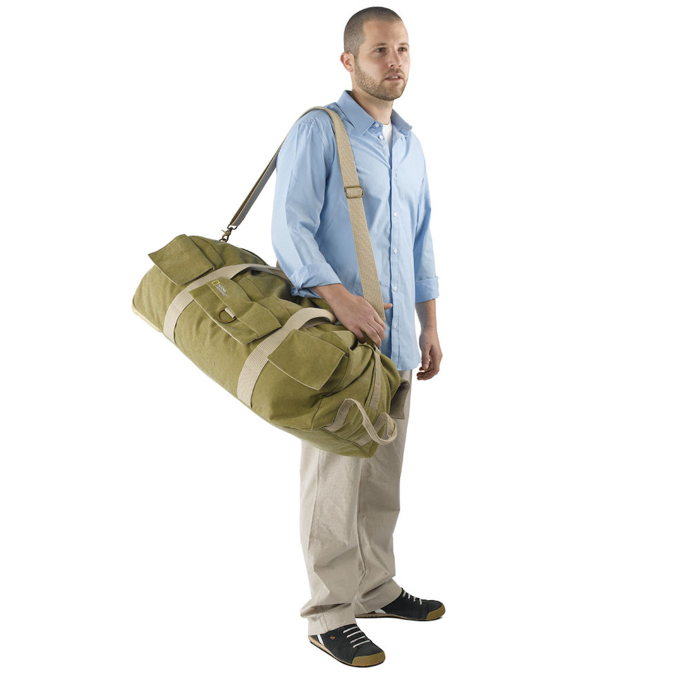 Jual National Geographic 6130 Rolling Duffel Khaki Welcome To Www Ng 2476 Messenger Medium For Dslr And 154 Inch Laptop With Wheels Insert