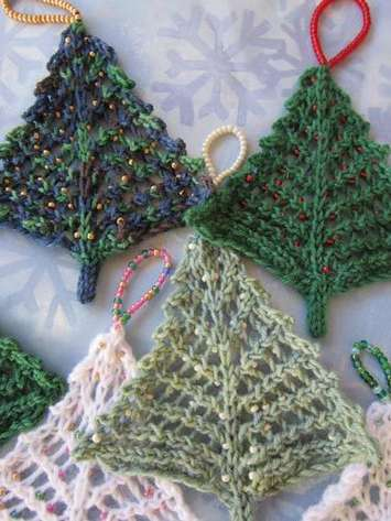 Bitty Beady Christmas Tree pattern picture