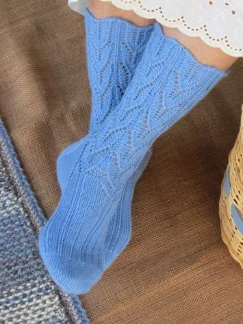 Country Girl Socks e-Pattern picture