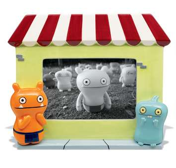 Uglydoll Ceramic Uglystore Frame picture