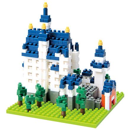 Neuschwanstein Castle picture