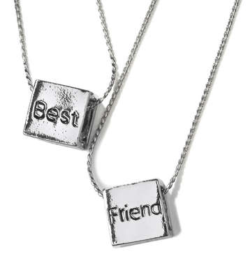 Best Friends Cube Necklace Set picture