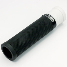 Q2 One Clamp Grips Soft (BlackWhite)
