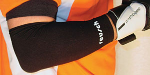 GOALKEEPER ELBOW COMPRESSION SLEEVE picture