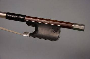 Woody Cello Bow picture