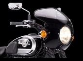 Kawasaki W800 Bikini Cowling, Ebony (black).