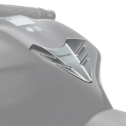 Kawasaki Z650 / Ninja 650 Tank Pad picture