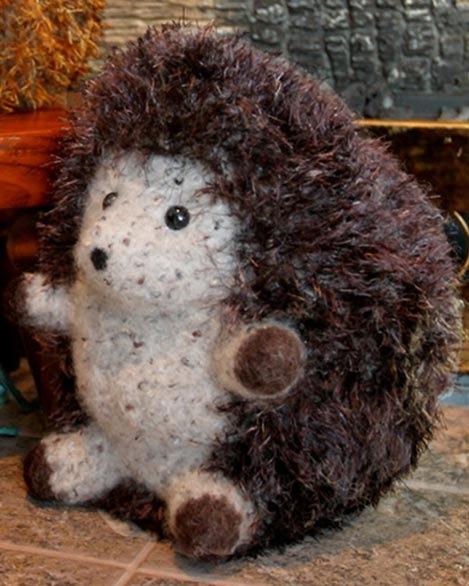Huggable Hedgehog Knitting Pattern : FT228e Felt Huggable Hedgehogs - PDF Fiber Trends