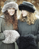 AC56 Winter In The City Hat & Muff