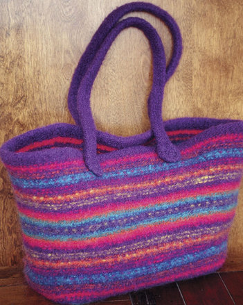 AC55 Maggie's Felt Tote - In two sizes picture