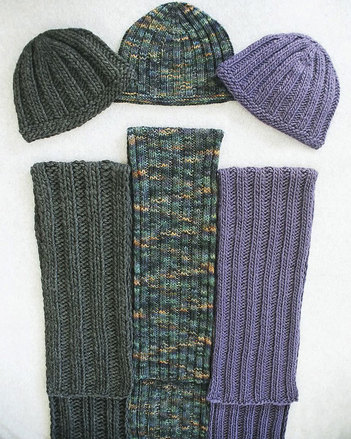 AC62 Everyone's Favorite Hat & Scarf picture