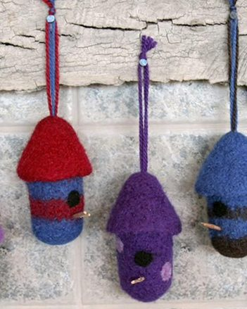 FT227e Felt Birdhouse Ornaments - PDF picture