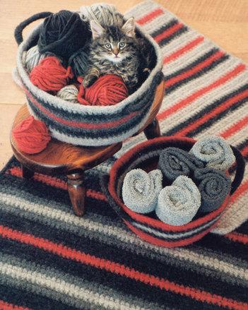 FT216 Crocheted Felt Rug & Basket picture