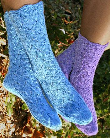AC77e Lupine Lace Socks - PDF picture