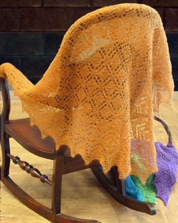 S2017 The Spinner's Shawl by Evelyn A. Clark picture