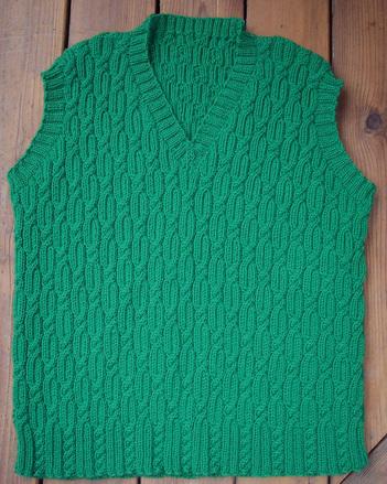 P052 - Cable O's Vest picture