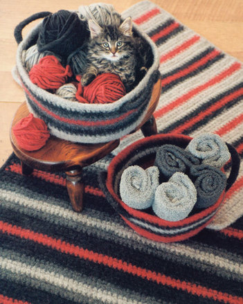 FT216e Crocheted Felt Rug & Basket - PDF picture