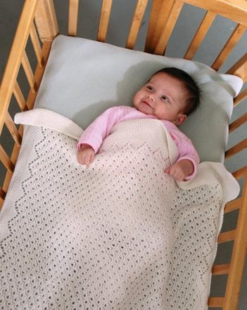 CH52 Tulle Lace Baby Blanket picture