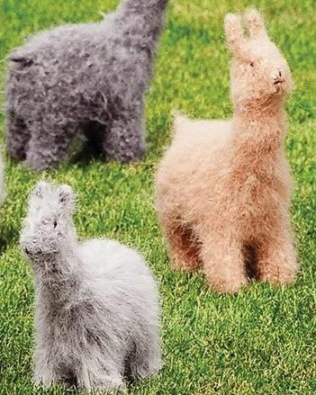 FT207 Felt Alpacas and Llamas