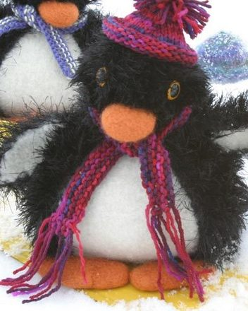 FT230 Felt Playful Penguins by Debbie Radtke picture