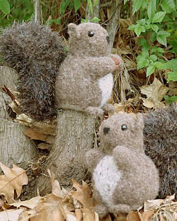 FT229 Nuts About Squirrels - felted picture