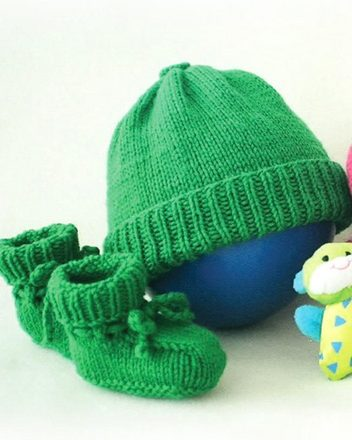 CH36   Baby Basics - hats and booties picture