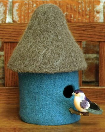FT222 Felt Bird Houses picture