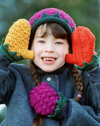 CH16 Mitten Mania - Fruit Theme Mittens picture