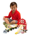Whittle World Wooden Farm & Tractor Set - 9 Pieces