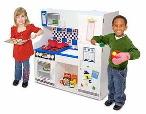 Deluxe Pretend Play Kitchen