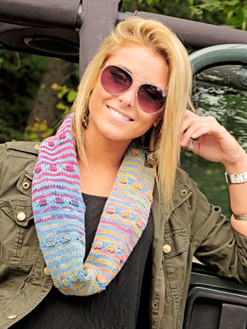 2284 Summer Candy Cowl picture