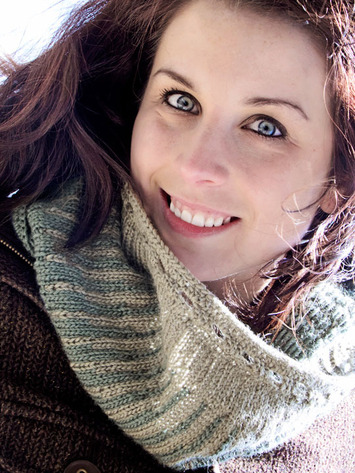 2144 Reversible Icicle Cowl picture