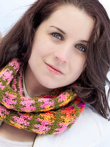 2146 Reversible Colors Cowl picture