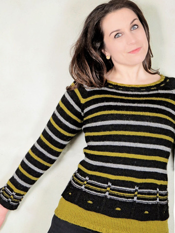 2268 Windows and Stripes Pullover picture