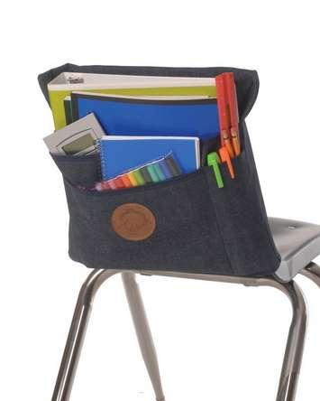 La poche pour dossier de chaise Aussie Pouch originale, trois compartiments - grande (largeur : 43,2 cm) Image