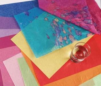 Assortiments de luxe de papier de soie aux couleurs solubles Spectra - 10 couleurs Image