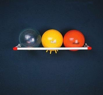 Support mural pour ballons thérapeutiques Image