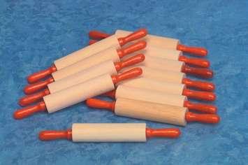 Rouleaux à pâte pour enfants - 17,8 cm - Ens. de 12 Image