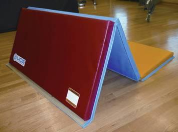 Tapis à plusieurs couches UCS™ - 1,8 m x 1,2 m - Rouge/jaune Image