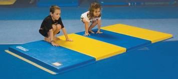 Tapis à plusieurs couches UCS™ - 2,4 m x 1,2 m - Bleu/jaune Image