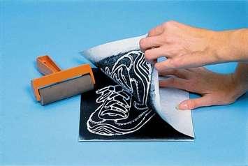 Plaques d'imprimerie en polystyrène Scratch-Foam - 30,5 cm x 22,9 cm Image