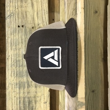 Mesh Snap Back Brown picture